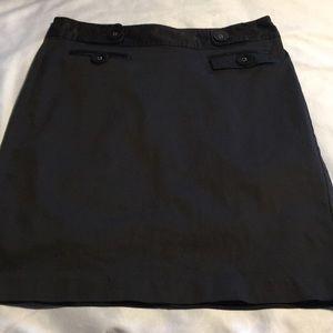 Gap black pencil skirt. S-4